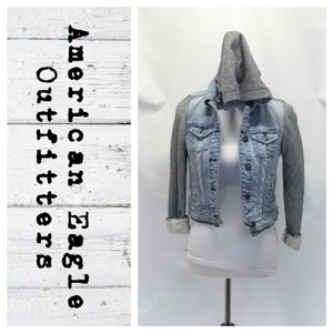 American Eagle Outfitters Light wash/Gray Womens Jean Jacket