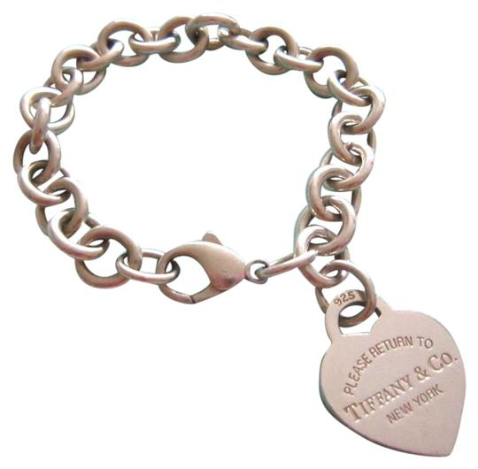 Preload https://img-static.tradesy.com/item/26649643/tiffany-and-co-sliver-sterling-925-co-heart-tag-bracelet-0-3-540-540.jpg
