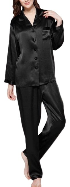 Preload https://img-static.tradesy.com/item/26649711/valerie-stevens-black-pajama-set-long-night-out-dress-size-10-m-0-1-650-650.jpg