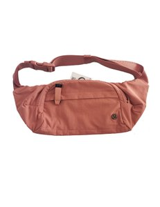 lululemon Belt Comfortable Office Front Zippered Copper Clay Travel Bag