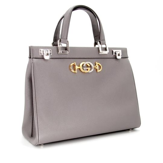Gucci Zumi Medium Zumi Zumi Zumi Black Zumi Medium Tote in Grey Image 3