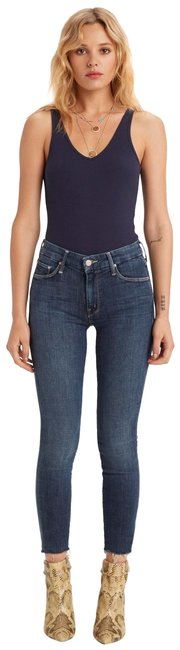 Item - Girl Crush Dark Rinse The Looker Ankle Fray Capri/Cropped Jeans Size 29 (6, M)