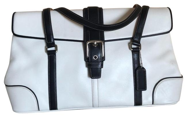 Item - Handbag White Leather Baguette