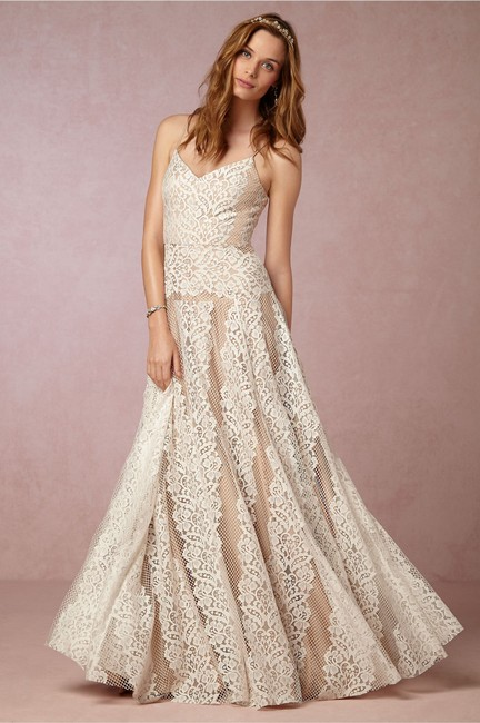 Item - Ivory Nude Lace Larkin Feminine Wedding Dress Size 4 (S)