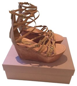 Gianvito Rossi Tan Wedges