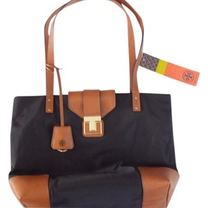 Tory Burch Tote In Black Luggage