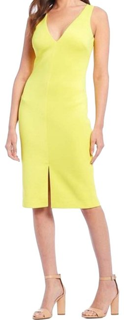 Item - Yellow Sleeveless Sheath Mid-length Night Out Dress Size 0 (XS)