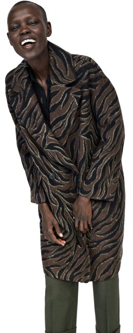 Item - Brown Animal Print Zebra Oversized Coat Size 6 (S)