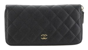 Chanel Wallet Leather Wristlet in black