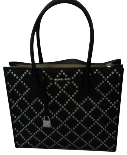 Michael Kors Tote in Mercer Stud & Grommet Charcoal black handbag. Gorgeous. Large center zipper pocket, key chain. 2,nd zipper lg pocket inside lg pocket. Image 0