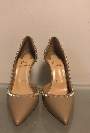 Christian Louboutin nude with gold Pumps Image 1