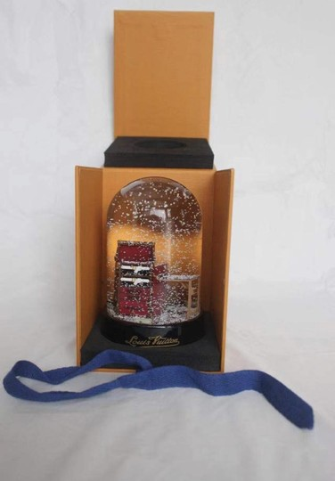 Louis Vuitton Louis Vuitton VIP Damier Steamer Bag/Trunk Snow Globe *new in box* Image 9