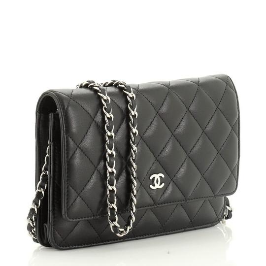 Chanel Wallet Leather Cross Body Bag Image 2