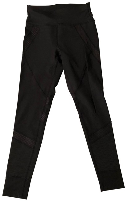 Preload https://img-static.tradesy.com/item/26668126/calvin-klein-black-performance-quick-dry-activewear-bottoms-size-0-xs-0-1-650-650.jpg