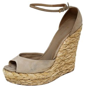 Gucci Suede Wedge Peep Toe Ankle Strap Beige Sandals