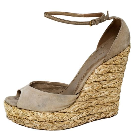 Gucci Suede Wedge Peep Toe Ankle Strap Beige Sandals Image 5
