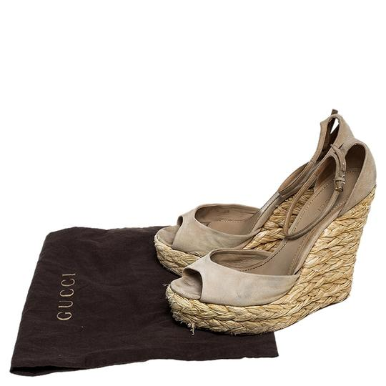 Gucci Suede Wedge Peep Toe Ankle Strap Beige Sandals Image 7