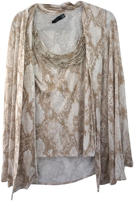 Preload https://img-static.tradesy.com/item/26668242/elie-tahari-for-saks-fifth-avenue-cami-with-animal-print-m-beige-and-tan-sweater-0-1-650-650.jpg