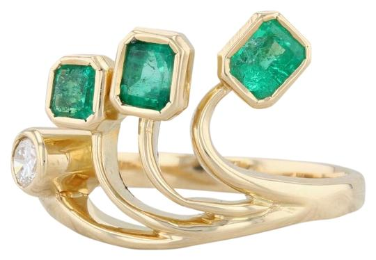 Preload https://img-static.tradesy.com/item/26668256/yellow-gold-096ctw-emerald-diamond-18k-size-8-abstract-cocktail-ring-0-1-540-540.jpg
