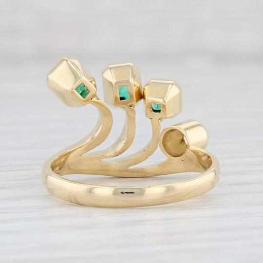 Other 0.96ctw Emerald Diamond Ring - 18k Gold Size 8 Abstract Cocktail Image 3