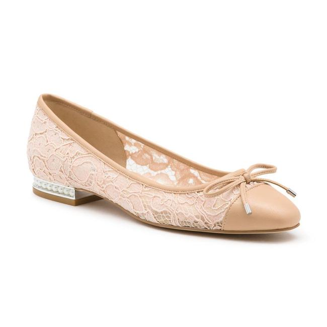 Item - Nude New Nantes Lace Flats Size US 5 Regular (M, B)