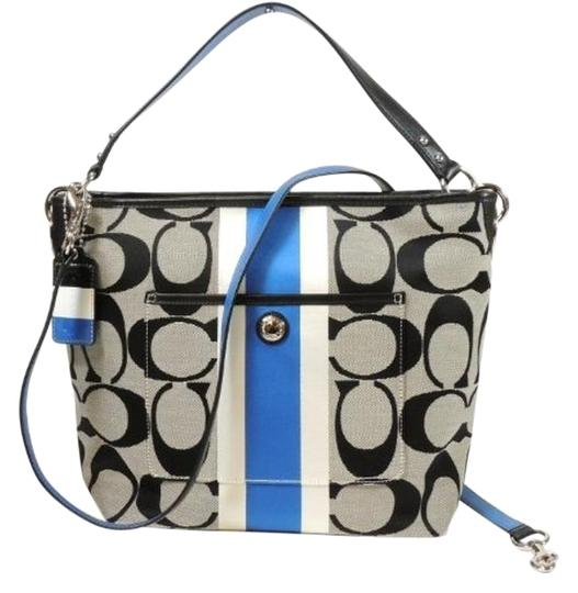 Preload https://item4.tradesy.com/images/coach-hamton-white-blue-fabric-cross-body-bag-2667508-0-2.jpg?width=440&height=440