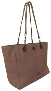 Coach Leather Red Turnlock Chain Tote in Pink