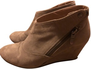 CL by Chinese Laundry Suede Wedge Beige Seude Boots