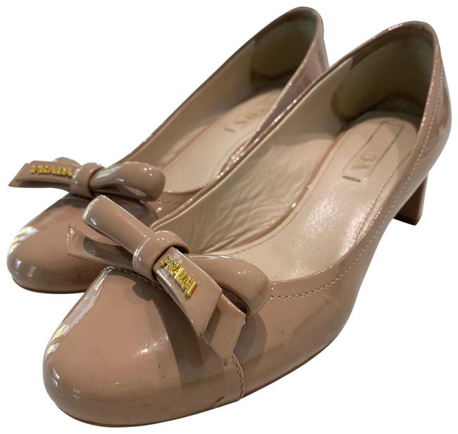 Item - Beige Leather Round-toe Low Pumps Size US 7 Regular (M, B)