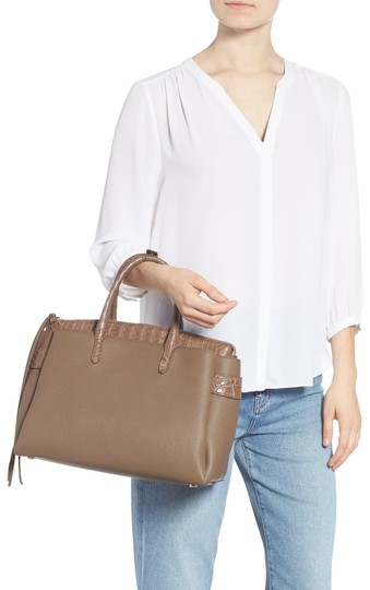 Preload https://img-static.tradesy.com/item/26680322/nancy-gonzalez-2-in-one-cristie-genuine-satchel-camel-crocodile-skin-leather-tote-0-10-540-540.jpg