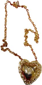 Fallon NWT in pouch $165 Fallon Repouse gold heart pendant on chain necklace