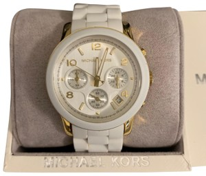 Michael Kors Women's Watches on Sale Up to 70% off at Tradesy