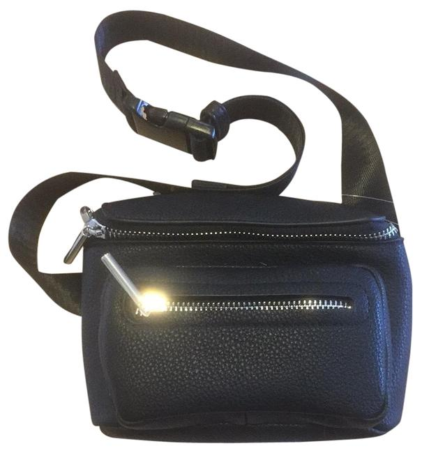 Item - Messenger Messenger Bag/Fanny Pack Black Cross Body Bag