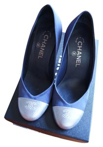 Chanel Cc Logo Cc Escarpins Heels 37.5 Indigo Navy Pumps