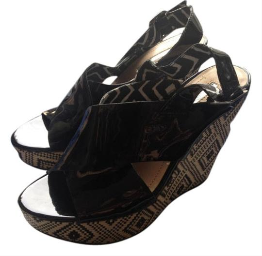 Preload https://item4.tradesy.com/images/bcbg-patent-leather-tribal-woven-black-wedges-2669278-0-11.jpg?width=440&height=440