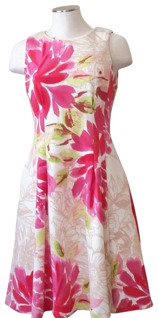 Item - Pink Green and Cream Fit Flare Watercolor Floral Mid-length Short Casual Dress Size 4 (S)