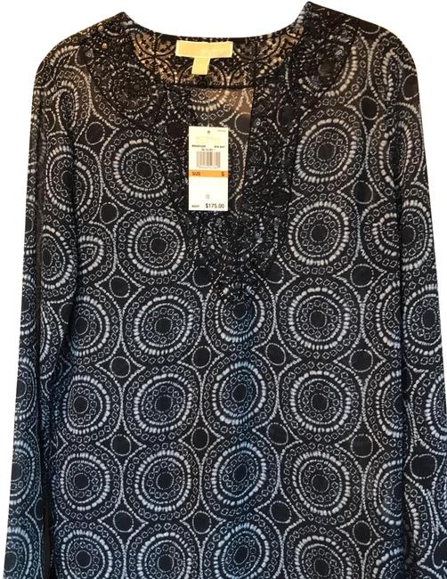 Item - Navy and White New Tunic Size 4 (S)