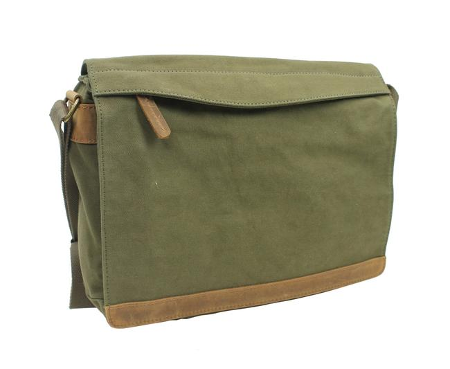 Item - Casual Style Cm13 Green Canvas Messenger Bag