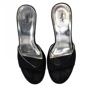 Mossimo Supply Co. Party Slip-on Black Mules