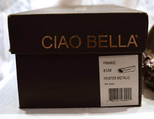 Ciao Bella Ballet Cute Floral Embellished Leather Walking Walking Comfortable Silver Flowers Pewter Metalic Flats