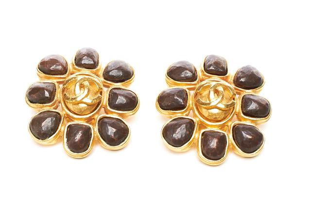 Item - Gold & Brown Hammered Clip-on Earrings