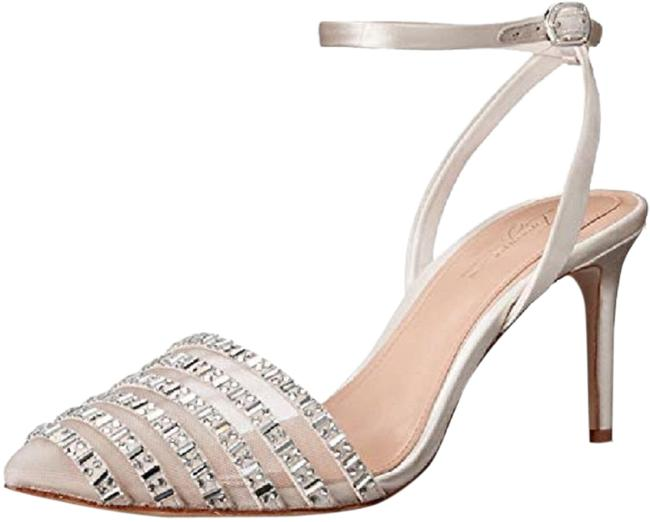 Vince Camuto Ivory Imagine By Michael Pumps Size US 6 Regular (M, B) Vince Camuto Ivory Imagine By Michael Pumps Size US 6 Regular (M, B) Image 1