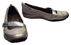 Privo Walking Walking Comfortable Massage Grey Gray Silver Adjustable Polar Brook Grey Metallic Flats