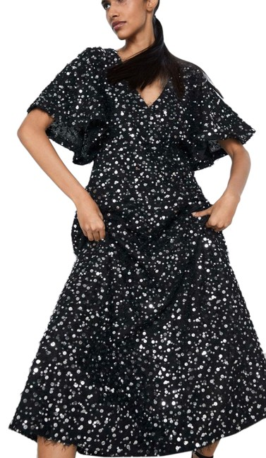 Item - Black Limited Edition Silver Sequin Long Cocktail Dress Size 8 (M)