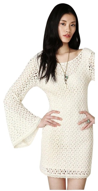 Item - Cream Crochet Short Casual Dress Size 8 (M)