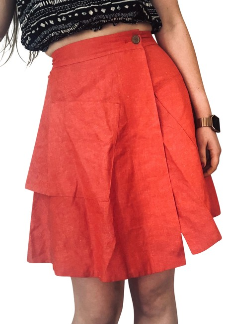 Item - Red Ruffle Tiered Silk Wrap Skirt Size 0 (XS, 25)