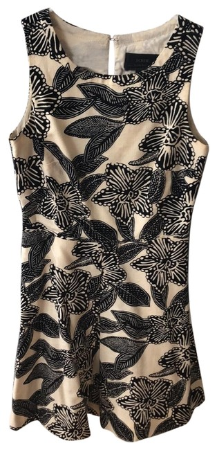 Item - Black and Ivory Tropical Short Casual Dress Size Petite 0 (XXS)
