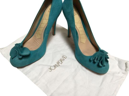 Preload https://item2.tradesy.com/images/joan-and-david-torqouise-pumps-2671606-0-0.jpg?width=440&height=440