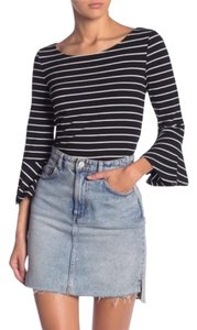 cupcakes and cashmere Bell Sleeve Top Black & White