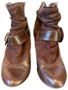 R2 brown Boots
